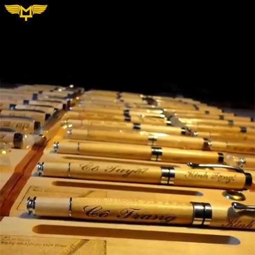 bút gỗ MT
