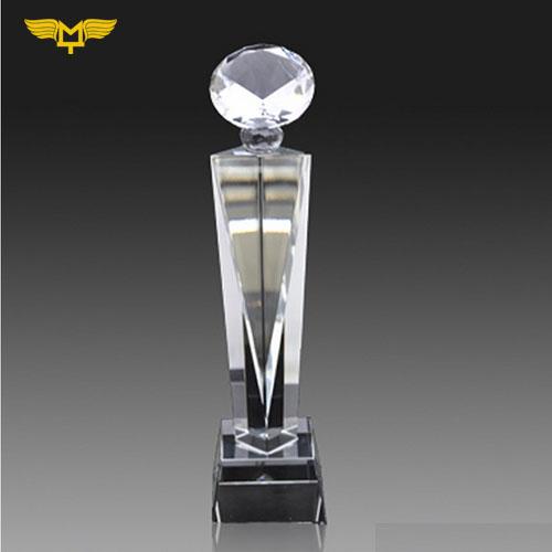Quà tặng doanh nghiệp - Cúp pha lê kim cương 15