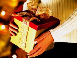 chọn quà theo tính cách bạn gái